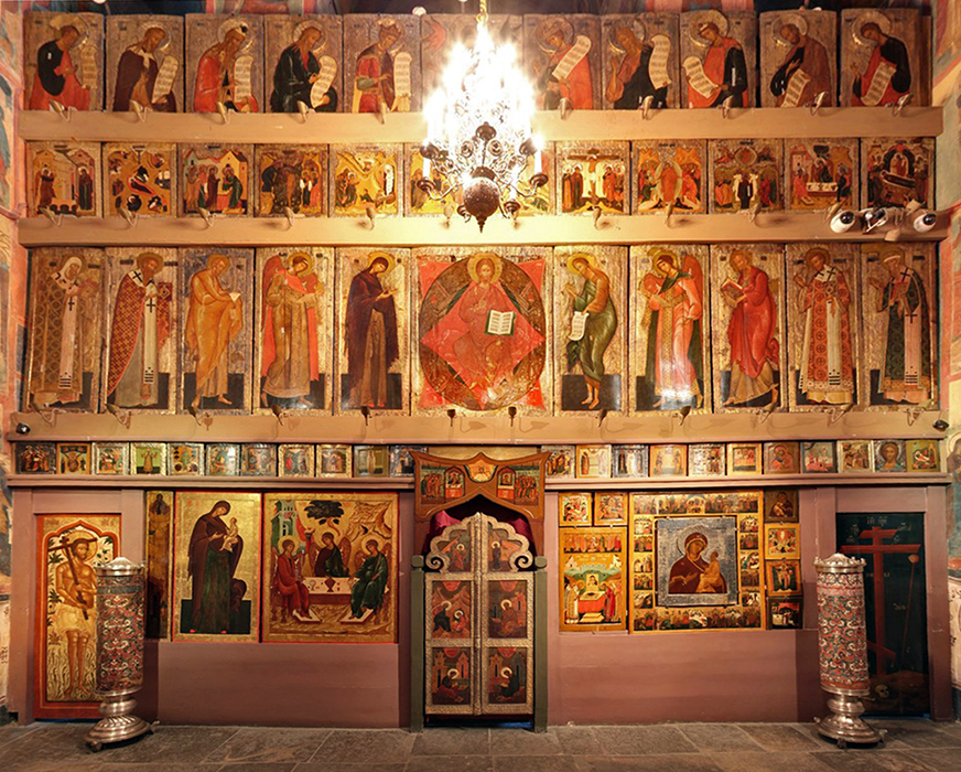 Iconostasis of the Church of the Deposition of the Robe